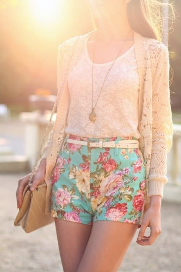 blouse shorts sweater bag jewels gloves cardigan hat shirt floral short shorts flowers flowered shorts blue bright
