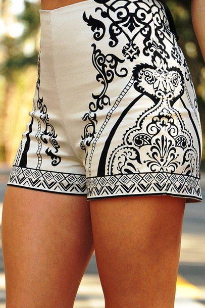 Shorts: high waisted shorts, black and white, printed shorts ...