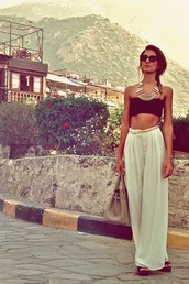 pants,white,white loose pants,high waisted pants,skirt,maxi,cream,long skirt,gypsy,wallflower,hippie,wanderlust,jewels,beach,shirt,bag,women,creme,ivory,nude,beige,summer,jewelry,necklace,ethnic,gold,gold necklace,flow,long,cute,marbella,white pants