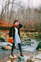 the clothes,blogger,coat,dress,bag,retro,beret,satchel bag,combat boots,sweater,tights,shoes,opaque tights