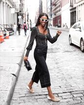 jeans,cropped jeans,flare jeans,slippers,bodysuit,handbag,white sunglasses