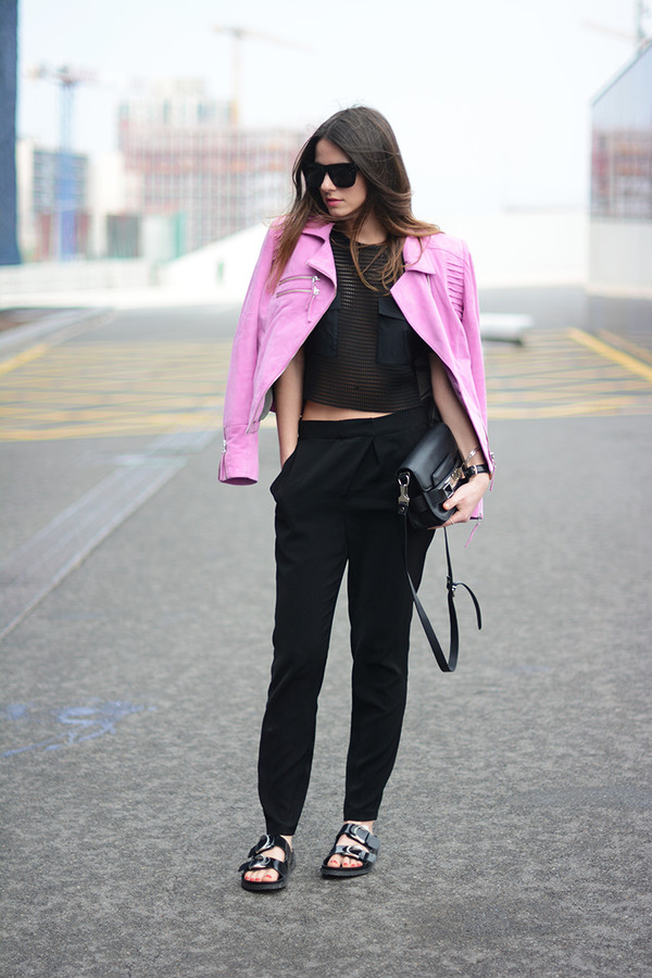 fashion vibe bag jacket jewels t-shirt sunglasses shoes