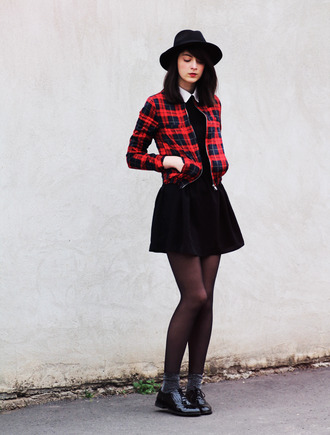 mes memos blogger tartan derbies black skirt dress shoes