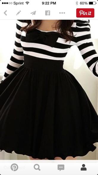 dress long sleeves fuller skirt stripes black and white bow