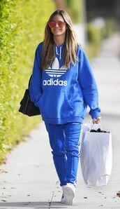 sweater,hoodie,blue,heidi klum,streetstyle,sportswear