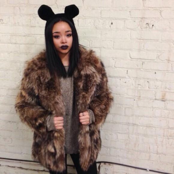 faux fur fur coat beanie