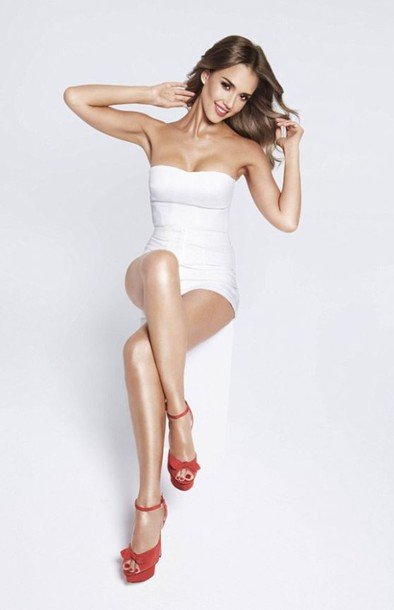 shoes sandals strapless bustier jessica alba shorts nail polish