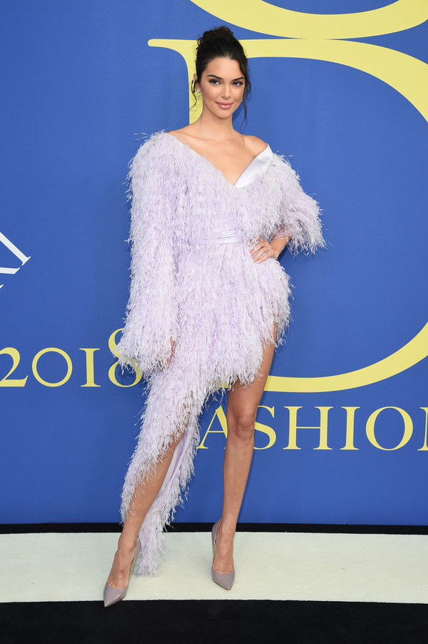 dress feathers feather dress lilac asymmetrical asymmetrical dress kendall jenner kardashians model sandal heels sandals celebrity