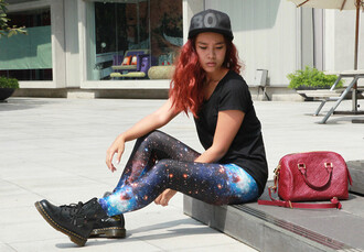 pants doc martens galaxy print leggings boy hat red bag