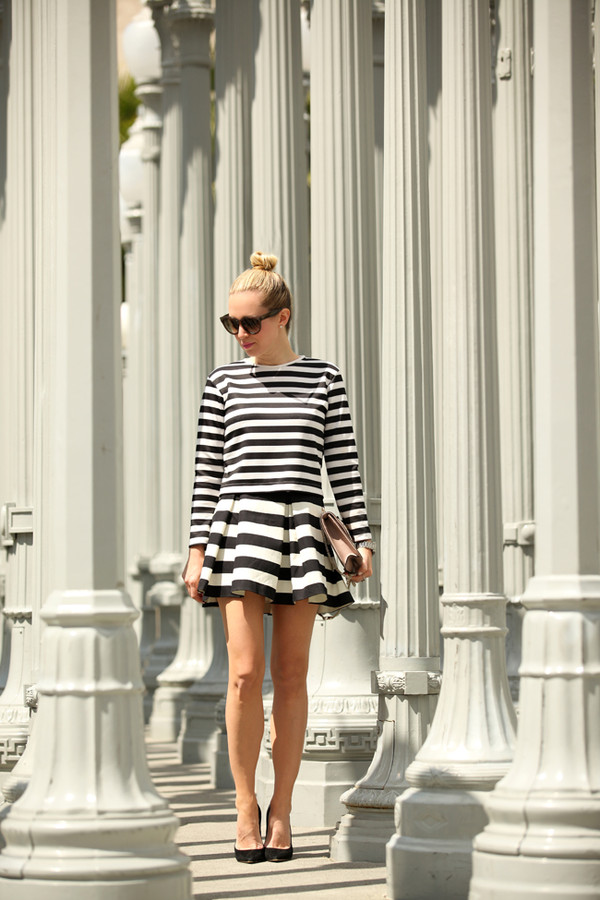 brooklyn blonde t-shirt skirt jewels bag shoes
