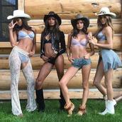 shorts,underwear,bra,bralette,sara sampaio,model,hat,josephine skriver,lais ribiero,victoria's secret,victoria's secret model,jacket,lingerie