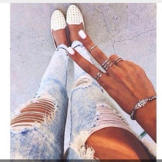 shoes ripped jeans acid wash skinny jeans ring silver studded flats studded loafers flats gold jeans nail polish jewels