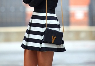 skirt black white bag blue and white blue and white skirt love skirt skirt bag stripes flare skirt dress classy