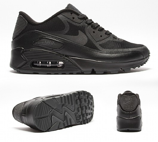 NIKE Womens Air Max 90 Comfort Reflective Tape Trainer | Black / Anthracite | Footasylum