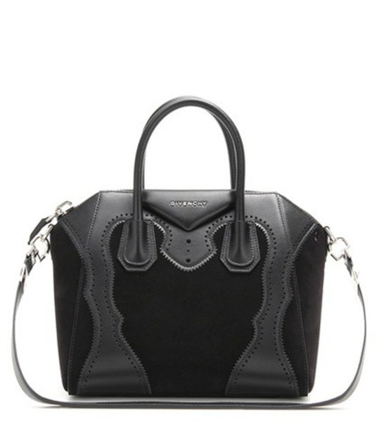 Givenchy Antigona Small Leather Tote in black