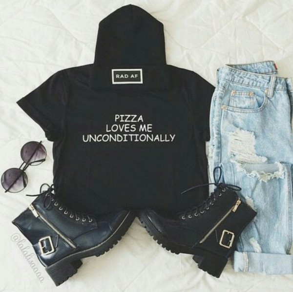 t-shirt pizza jeans ripped jeans acid wash jeans shirt t-shirt black t-shirt white t-shirt grunge food grunge t-shirt galentines day top rad af love shorts shades sunglasses hat beanie crop tops boots gold summer outfits shoes black