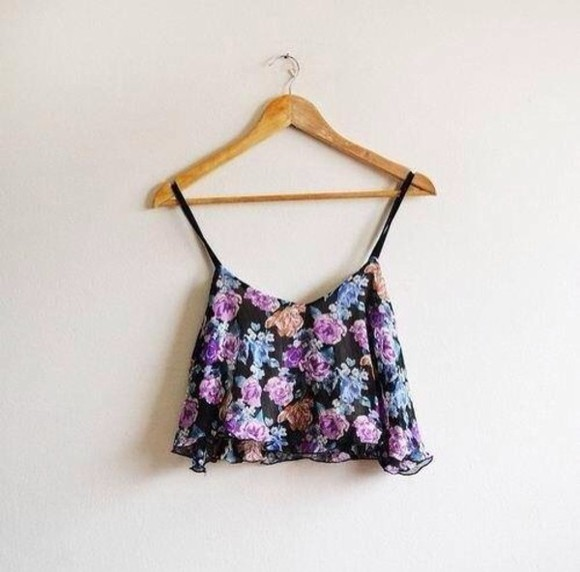 blouse floral floral crop top purple floral tank top purple flowers floral bustier crop top tank top shirt pink light blue flowers roses summer crop tank crop tops tank flower flower print blue put r cute crop tops flowy crop top beautiful hippy boho vintage black crop-tops