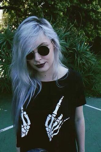 t-shirt blouse skeleton hands