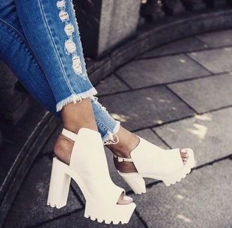 shoes white peep toe high heel sandals jeans