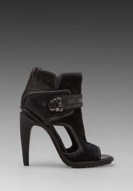 CIRCUS BY SAM EDELMAN Skye Bootie in Black -