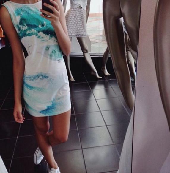 clothes sea converse