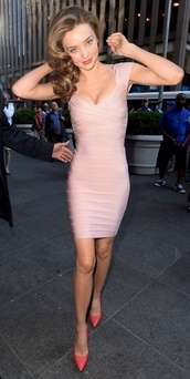 dress,miranda kerr,pink,blush pink,bandage dress,form fitting