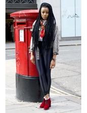 shoes,velvet shoes,velvet,red shoes,red boots,boots,leggings,black leggings,shirt,white shirt,denim jacket,jacket,grey jacket,scarf,fall outfits,velvet ankle boots