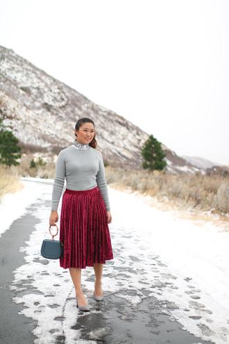 sandy a la mode blogger sweater skirt bag shoes pleated skirt red skirt pumps midi skirt grey sweater