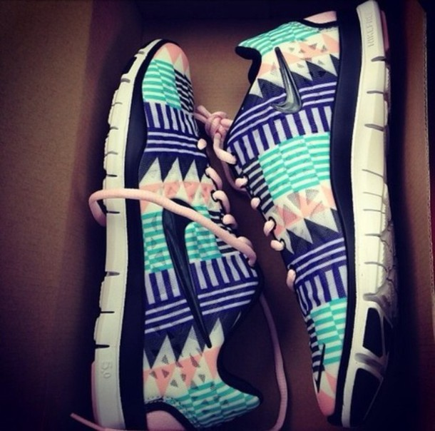 Aztec Tribal Free Runs Nike