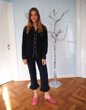 trine'swardrobe,blogger,pajamas,black top,button up,long sleeves,black pants,mules,pink shoes,ruffle,cropped pants,pajama suit,black shirt,pajama style