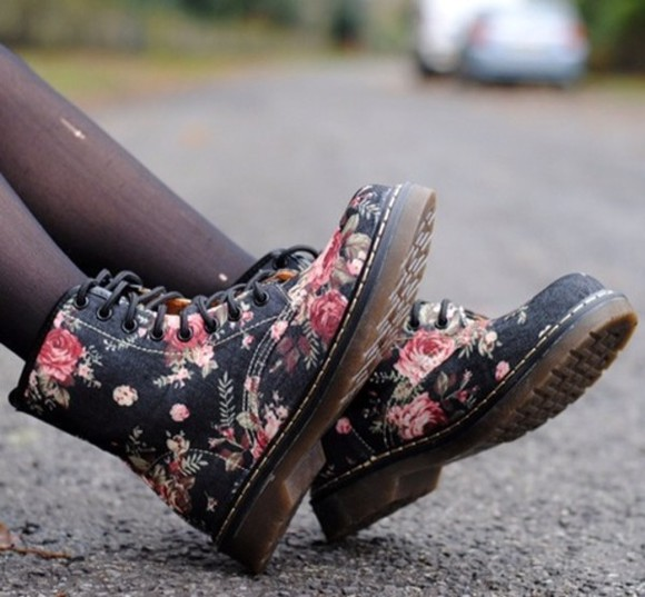 shoes boots floral black combat boots cheap laceups black