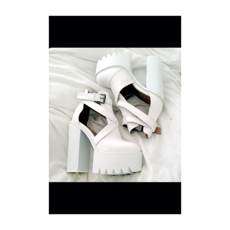 shoes high heels buckle platform shoes cleated sole white tumblr heels boots