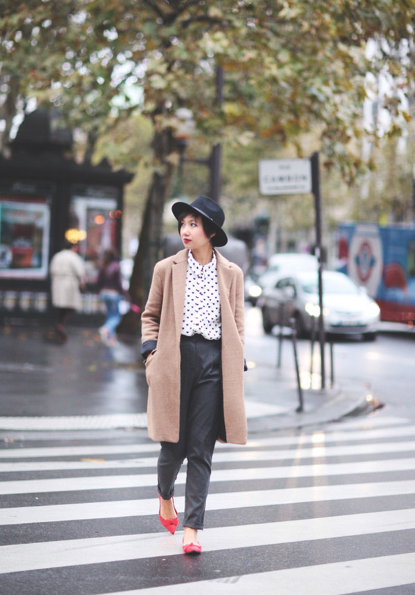 le monde de tokyobanhbao hat shirt coat pants jewels bag