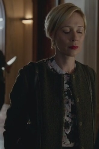 top long sleeves floral liza weil how to get away with murder bonnie winterbottom