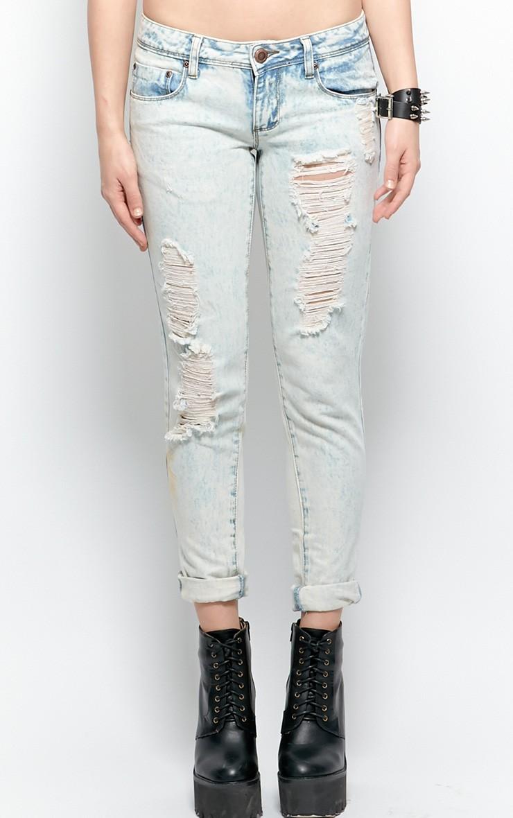Bambi Bleach Denim Rip Jeans | PrettyLittleThing.com