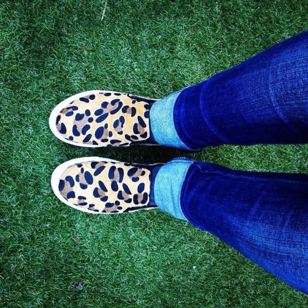 shoes leopard fur