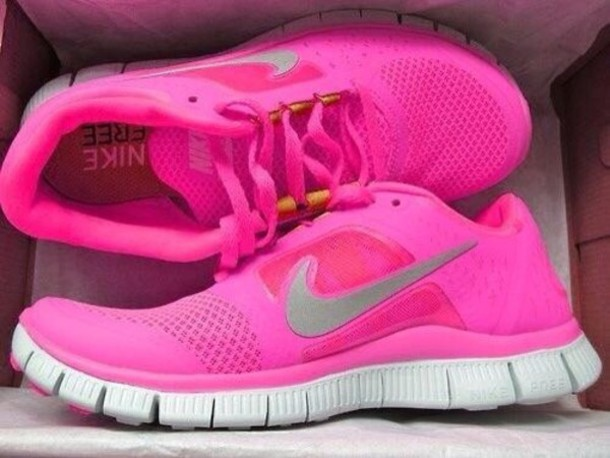Sport Shoes Nike Pink Nike Bright Sports Shoes