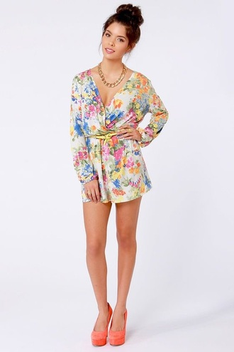 romper floral cute summer spring summer outfits spring outfits hot floral romper colorful bright shorts romper