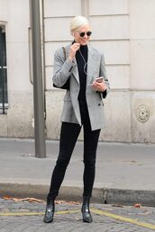 jacket,turtleneck,pants,karlie kloss,model off-duty,Paris Fashion Week 2017,streetstyle,fall outfits,top