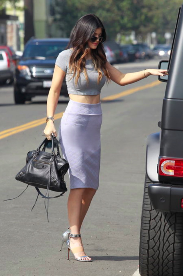 shirt celebrity kylie jenner skirt