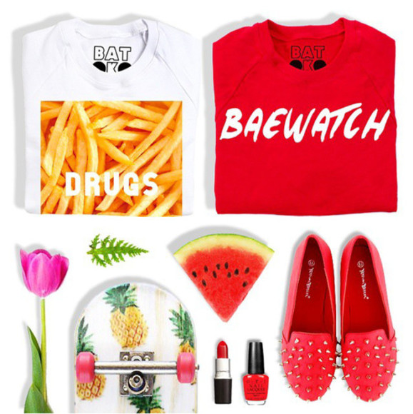 shoes red red shoes baewatch slippers red slippers sweater sweater/sweatshirt drugs chips www.batoko.com batoko white casual