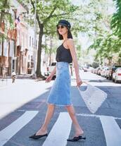 top,black top,skirt,denim,denim skirt,bag,shoes,sunglasses,hat
