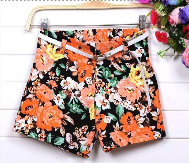 Fashion Floral Shorts With Belt on Luulla