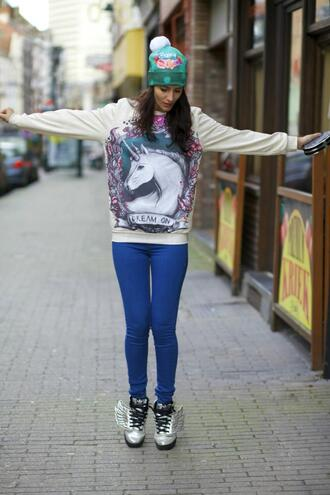 from brussels with love blogger sweater leggings silver shoes pom pom beanie unicorn shoes bag hat