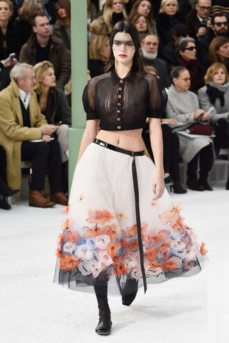 skirt kendall jenner midi skirt chanel fashion week 2015