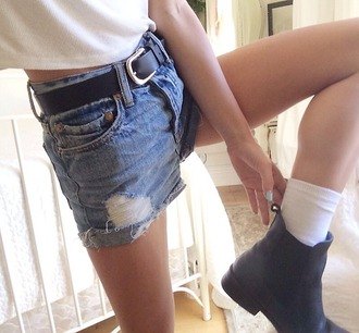 shoes shorts on point clothing denim shorts high waisted denim shorts high waisted shorts ripped shorts denim high waisted ankle boots black boots chelsea boots black belt belt summer summer outfits spring hipster style girly cute cool girl blogger instagram tumblr tumblr outfit women gorgeous fashionista chill rad casual socks
