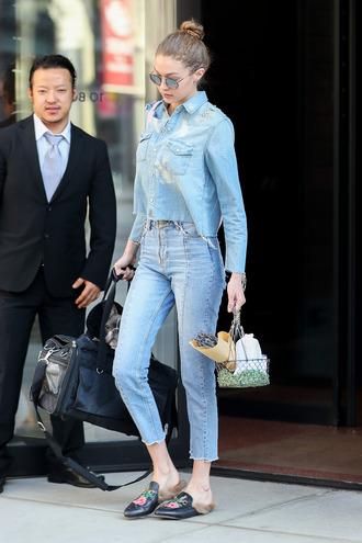 jeans shirt denim denim shirt gigi hadid model off-duty streetstyle spring outfits