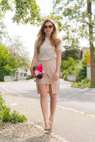 fashion gamble skirt top shoes sunglasses