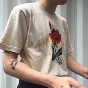 cream,white t-shirt,women,shirt,black,rose,nude,t-shirt,roses,aesthetic,tumblr,unisex,beige,flowers,destroy,yellow,grunge,rose shirt,white shirt