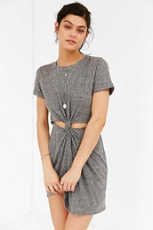 le fashion,blogger,dress,grey dress,silver necklace,grey,t-shirt dress,draped,draped dress,urban outfitters,cut-out dress,cut-out
